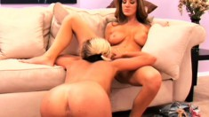 Experienced Kayla Page initiates a newbie to the joys of pussylicking