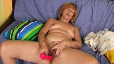 Sultry redhead housewife Susan gives her peach the care it deserves