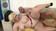 Insatiable blonde plumper does everything to a long prick on the couch