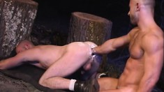 Two gay studs indulge in hard fisting and then jerk off together