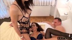 Mara Martinez, Amateur TS Shemale and Guy In Threesome