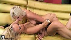 Sexy Blondes Make Out And Caress Before She Starts Licking Slit