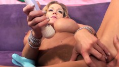 Stacked blonde slut Nikki Sex buries a long shaft deep inside her ass