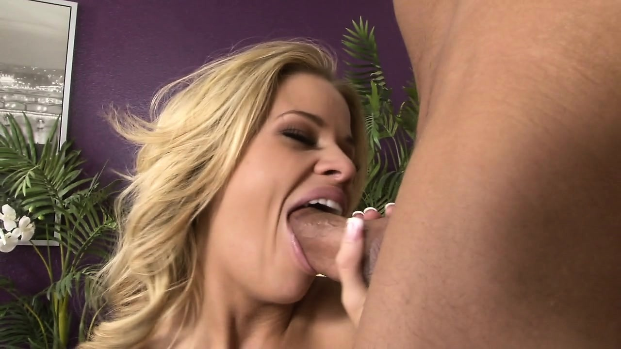 Blonde sloppy blowjob