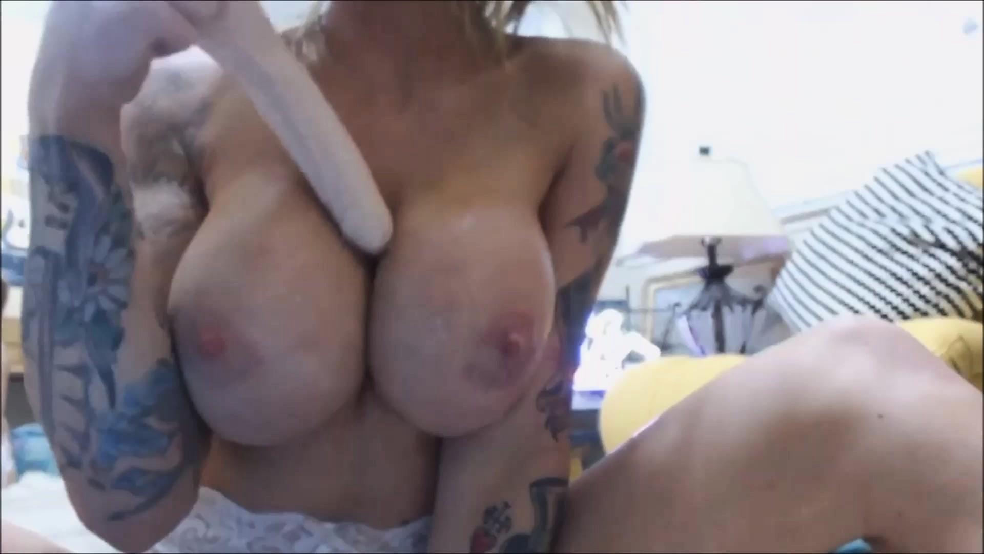 Huge Natural Tits Hairy