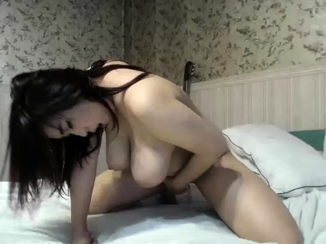 Asian big tits cam